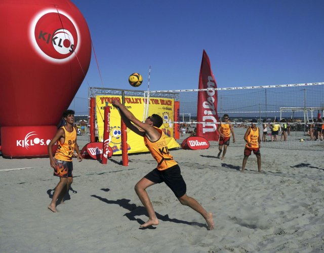 YOUNG VOLLEY ON THE BEACH - LUGLIO
